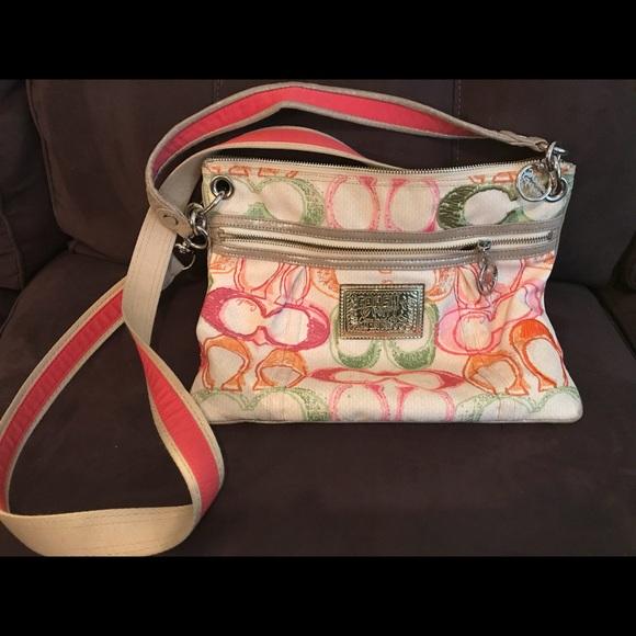 e8d4858106 Coach Handbags - Coach Poppy Crossbody bag. Multicolor